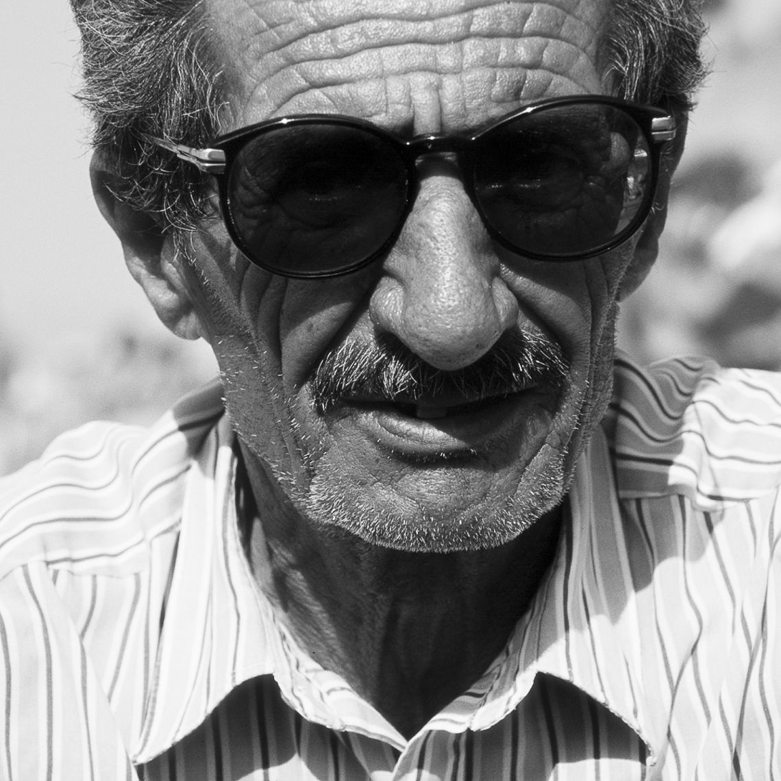 Old_man_with_sunglasses_copy